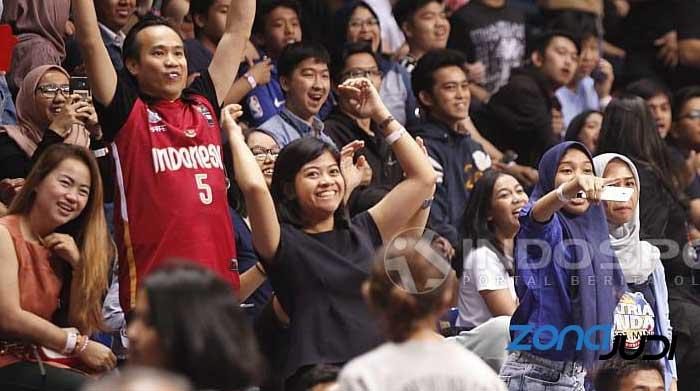 fans bolabasket wanita
